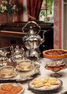 comtesse-du-chocolat:  Tea room… delicious elegance! (source: pinterest.com)