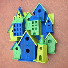 Garden art junk decor on pinterest garden art for Village craft container home