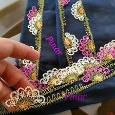 @igneoya.pinarr 👈  #igneoyasimodelleri #sunum #elemeği #göznuru #ceyizlik #havlu #mutfakhavlusu #namazörtüsü #tülbent #igneoyasi… Diy And Crafts, Elsa, Model, Crochet Doilies, Embroidery, Scale Model, Pattern, Models