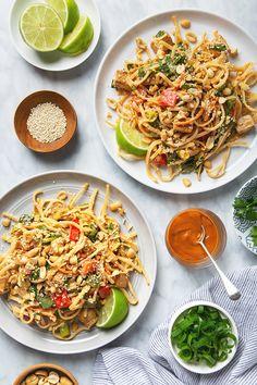 Tofu Pad Thai Salad with Peanut Dressing   picklesnhoney.com #tofu #padthai #salad #vegan #peanut #dressing #recipe