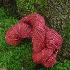 Wool and Recycled Silk - Red 01 on Etsy, $6.75