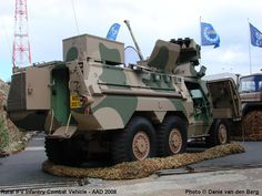 Photos and pictures of Army and Military Vehicles and Equipment in South and Southern Africa - Armoured Vehicle Photos Page 3 - Ratel Armored Truck, Defence Force, Military Weapons, Military Equipment, Armored Vehicles, War Machine, Military History, Warfare, Military Vehicles