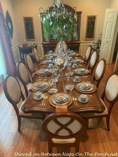 Incredible Auction Finds and Dining with Faenza Garofano Carnation, a Classic Italian Pattern Dining Room Furniture, Dining Room Table, Table And Chairs, Italian Pattern, Beautiful Table Settings, Back Pieces, Classic Italian, Carnations, Decorating Blogs