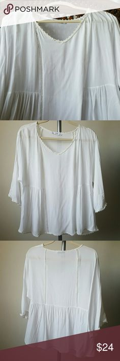 Mango MNG White Top Blouse - Size Large / 8 Mango MNG White Top Blouse - PreOwned in excellent condition  Size Large / 8 Shoulder to Shoulder 18' Long 24' Not sure what fabric it is, but it is very fresh, light and good quality. Mango Tops Blouses