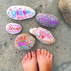The beach we're staying on is filled with pretty rocks in all sizes and colors. We spent a good part of the afternoon collecting some and writing words of kindness and then scattered them on random parts of the beach. #chalkyourkindness @funchalk @kindnesstherapy