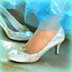 Make a wearable version of Cinderella's glass slippers just like the pair in the latest Disney movie!