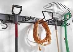 Regały i półki, haki, tablice narzędziowe i organizery.