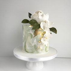 A Handmade Wedding pistachio green + gold cake Domestic Energy Conservation Measures Lighting Don't Cupcakes, Cupcake Cakes, Mini Cakes, Pretty Cakes, Beautiful Cakes, Wedding Cake Designs, Wedding Cakes, Torta Animal Print, Single Tier Cake