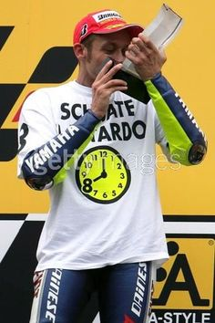 Browse all of the Valentino Rossi photos, GIFs and videos. Find just what you're looking for on Photobucket