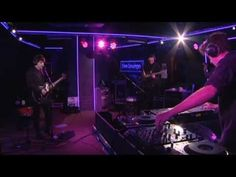 The XX Finally (BBC Radio 1 Live Lounge 05/03/2013) - Seriously, I cannot stop listening to this song!