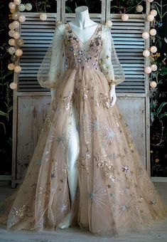 Ball Gowns Evening, Ball Gowns Prom, Ball Gown Dresses, Prom Dresses, Wedding Dresses, Unique Homecoming Dresses, Elegant Dresses, Pretty Dresses, Beautiful Dresses