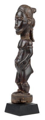 Baule, Elfenbeinküste: Eine außerordentliche und meisterhaft gearbeitete Figur eines 'spirituellen Ehegatten', genannt 'Blolo Bian'.