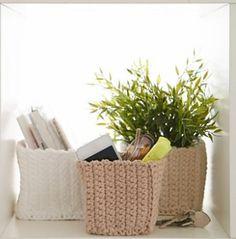 Ravelry: Mini Square Baskets pattern by Yarnspirations