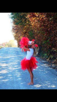 Mommy and me photo ideas. Matching tutus