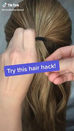 This looks neat need 2 people to try this hair hairstyles hacks tips hairstyle dye ideas hairstyle ideas long bob hairstyle ideas at home hairstyle ideas round face hairstyle ideas hairstyle ideas black hair hairstyle ideas lazy hairstyle ideas for party Curly Hair Tips, Easy Hairstyles For Long Hair, Curly Hair Styles, Greasy Hair Hairstyles, Long Hair Tips, Classic Hairstyles, Bandana Hairstyles, Hair Band Styles, Hair Donut Styles