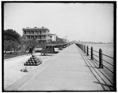 East-Battery-cannons-Charleston-South-Carolina-SC-Detroit-Publishing-Co-1900-2