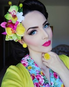 Bright and beautiful make up