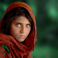 20 Fantastic Photography Documentaries --- National Geographic's Most Famous Portrait