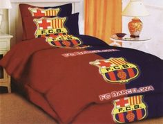 Maybe you are a big fan of Barcelona football club. It felt like everything was colored with all things related to your favorite club. Try to change the bedroom as desired. All the accessories and furniture contain elements of the club. Starting from the bed linen, carpets, wallpaper, and even curtains. For rabid fans maybe this will be done. Try to see sample pictures here, it may inspire you. Bedroom Themes, Bedroom Ideas, Bedroom Decor, Barcelona Football, Fc Barcelona, Bed Linen, Linen Bedding, Soccer Room, Football Soccer