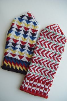 Sleight of Hand Mittens by craftivore, via Flickr