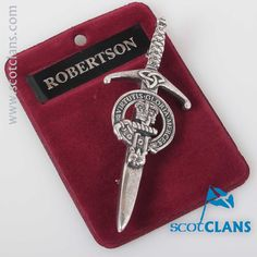 Robertson Clan Crest Kilt Pin. Free worldwide shipping available.