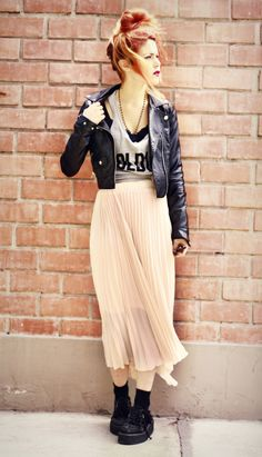 Skirt- Jessica Buurman  Sunglasses- Chicwish  Tank top- Illustrated People  Leather jacket- H & M (Second hand)