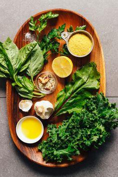 Super Green Vegan Kale Pesto | Minimalist Baker Recipes