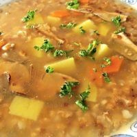 Czech Recipes, Detox Soup, Cheeseburger Chowder, Food And Drink, Hub, Cooking, Soups, Cuisine, Chowders