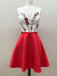 CHARMING A-LINE STRAPS RED HOMECOMING DRESS SHORT PROM DRESS WITH LACE