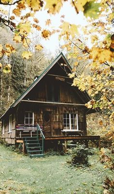Tiny House Plans Idea For Your Family 26 Cabin Tent, Log Cabin Homes, Cozy Cabin, Log Cabins, Magic Places, Cabin In The Woods, Cabins And Cottages, Small Cabins, Small House Plans