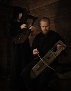 Interview with Einar Selvik of Wardruna, whose revival of ancient Nordic folk traditions earned him a job composing for History Channel's TV show Vikings. Pagan Music, Folk Music, Celtic Music, Viking Wedding, Elder Futhark Runes, Viking Culture, Architecture Art Design, Music Pics, Old Norse