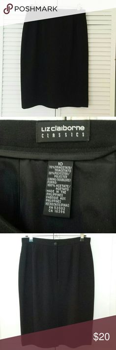 """Liz Claiborne Classics Lined Size 10 Black Skirt Perfect classic skirt, great with jackets or sweaters.  No wrinkle. Fully lined,  invisible zipper in back, thin waistband with button close. Length 23"""" (mid knee )  Excellent condition. Liz Claiborne Skirts Pencil"""