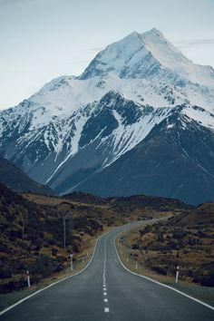 man-and-camera:  jaymegordon:  Mt. Cook  Check out more of my good buddy Jayme's photography. He only posts original content landscape and lifestyle photography, so give it a peek!