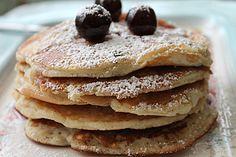 Pancake ricetta semplice alle amarene