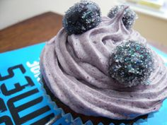 'nightlock' cupcakes.... Making these for catching fire