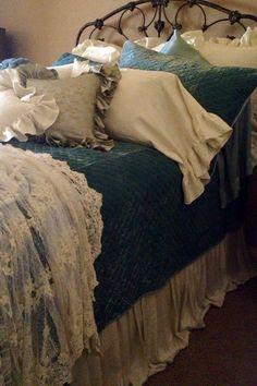 Ahhh! Bella Notte linens, love!!!