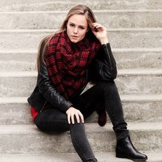 Plaid tartan red black scarf brand new Brand new tartan plaid scarf in red and black pattern. Approximately 135 cm x 175 cm. 100% acrylic fiber. Super soft and must have this season! Accessories Scarves & Wraps