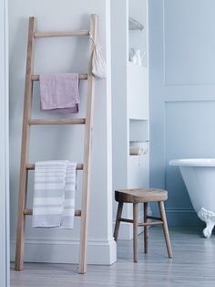 Carefully crafted from sustainable raw oak from responsibly managed forests, our five rung Talbot Oak towel ladder makes a contemporary and impressive feature wherever you rest it. With its smooth surfaces and visible wood grains, this handsome ladder doesn't look out of place in the bedroom, kitchen or of course bathroom. Whilst it looks great in the bathroom, we also think it works well rested in the bedroom or kitchen. To prolong the life of this beautiful Raw Oak Towel Ladder, we…