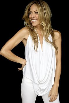 Sheryl Crow, Cirque du Soleil at Glamorama 2013 / Grammy-winner Sheryl Crow and Canadian circus troupe Cirque du Soleil will headline Macy's annual Glamorama, Aug. 2 at the State Theatre in downtown Minneapolis.