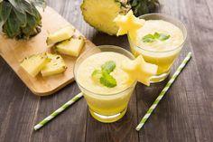 Ananas-Smoothie mit Basilikum