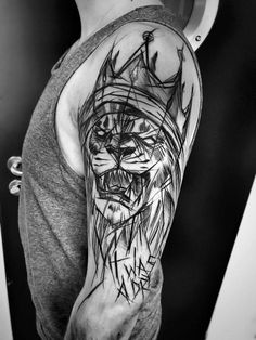 Inez Janiak lion tattoo – Tattoo künstler – – My World Tatuajes Tattoos, Bild Tattoos, Body Art Tattoos, Sleeve Tattoos, Lion Shoulder Tattoo, Cool Shoulder Tattoos, Shoulder Tattoos For Women, Sketch Style Tattoos, Tattoo Style