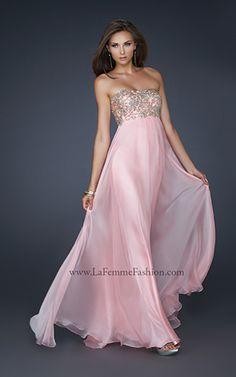 Pink #prom dress by La Femme