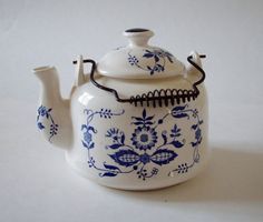 Vintage Teapot Cobalt and White Onion Pattern by NanNasThings, Etsy