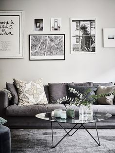design attractor: Bohemian Apartment with Floral Decor Scandinavian Interior Design, Scandinavian Living, Home Interior Design, Design Interiors, Nordic Design, Design Design, Diy Furniture Easy, Home Furniture, Plywood Furniture
