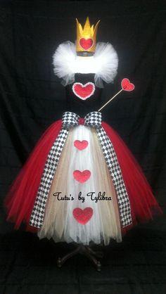 Heart Queen Tutu Dress Heart Tutu Dress Valentine Tutu image 0 Crochet Tube Top, Crochet Crown, Queen Halloween Costumes, Halloween Kostüm, Queen Of Hearts Costume, Queen Costume, Gold Tulle, White Tulle, Robes Tutu