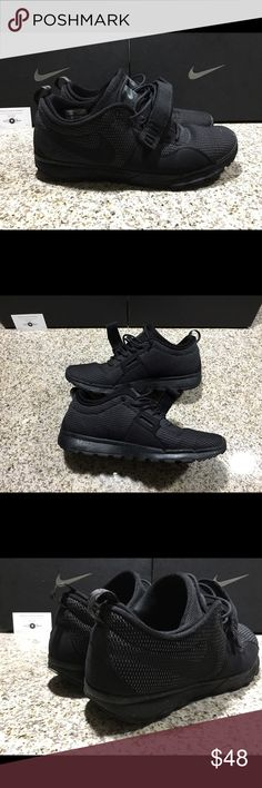 Men Nike SB Trainerendor Triple Black (Used) Gently used in 7/10 condition, still a lot of Life left in the shoes, smoke Free pet free home. Orders will be shipped out the following day excluding Saturday and Sunday's. If you have any questions send them my way. Always open to fair offers. But I'm not able to accommodate trades because this is inventory from my eBay store. Thanks for Looking! Nike Shoes Sneakers