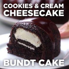 Cookies And Cream Cheesecake Bundt Cake