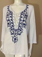 by CHICOS Peasant Boho Blouse White Blue Embroidered Floral  SZ 2