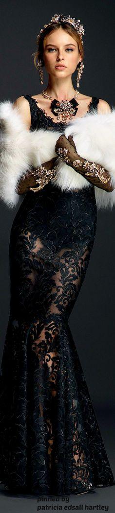 Dolce & Gabbana Red Carpet Look