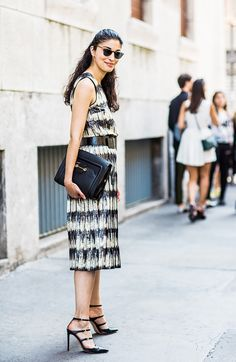 Street Style Spring 16 Easy Ways to Make Your Look More Sophisticated Net Fashion, Fashion Week, Star Fashion, Luxury Fashion, Womens Fashion, Fashion Trends, Dress Fashion, Street Style Chic, Best Summer Dresses